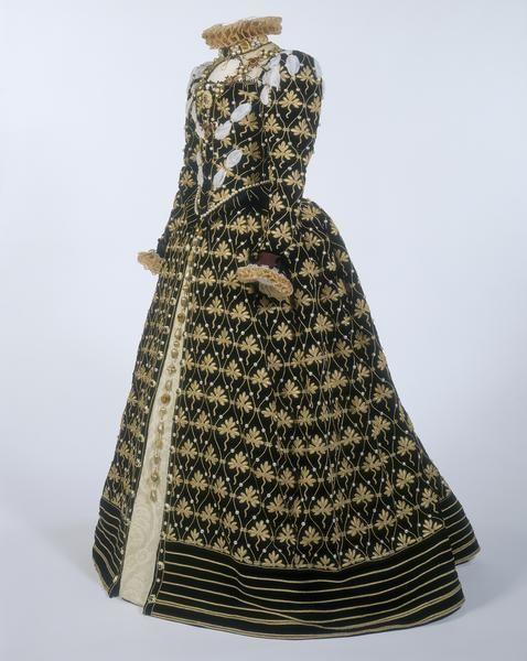 "Elizabethan replica gown created using the little known ""Phoenix portrait."""