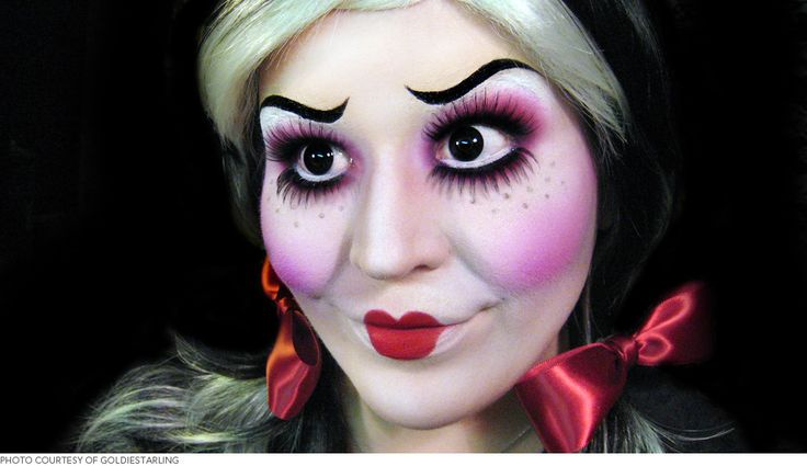 Get to Know The World's Most Incredible Halloween Makeup Maven   Beautylish