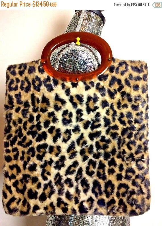 4affb7782616 ON SALE 1960's Vintage Leopard Faux Fur Handbag Clutch Purse * Retro  Rockabilly Mid Century Purse * Old Hollywood Regency Glamour