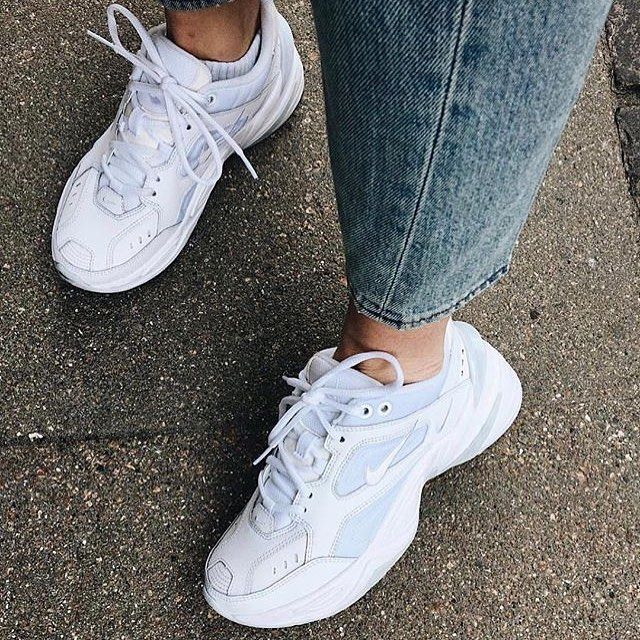Reina techo calcetines  Nike m2k tekno all white🕊 | White nike shoes, Sneakers fashion outfits,  Chunky shoes