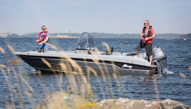 Yamarin Cross 61 CC is ideal for fishing.