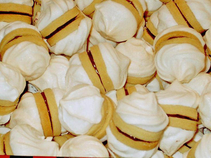 Schneewölkchen, ein leckeres Rezept aus der Kategorie Kekse & Plätzchen. Bewertungen: 19. Durchschnitt: Ø 4,2.