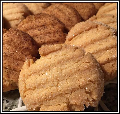 Butter Biscuits - These simply delicious Butter Biscuits (often called Danish or Butter Cookies) come from the TM5 basic book.