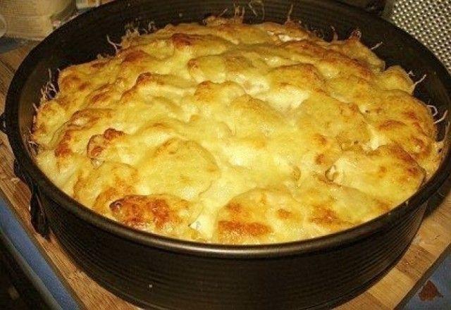 Krémsajtos-kukoricás rakott krumpli