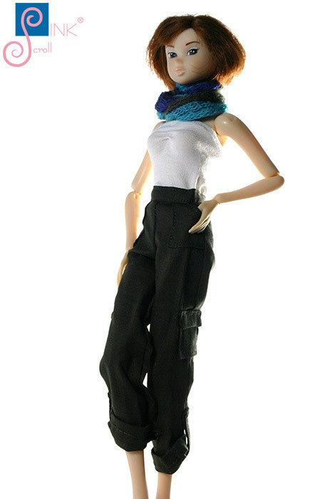 Momoko clothes pants: Clerva by Pinkscroll on Etsy