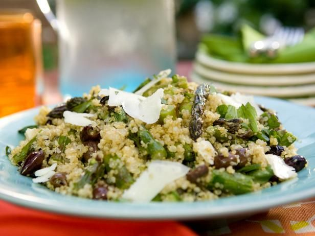 Bobby's Quinoa Salad with Asparagus, Goat Cheese and Black Olives #Veggies #Grains #MyPlate: Food Network, Bobby Flay, Flay Quinoa, Black Olives, Asparagus, Olives Recipes, Quinoa Salad, Goats Cheese, Goat Cheese