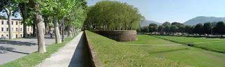 CAPITAN FUTURO: FRANCESCO COLUCCI: Lucca, una Capitale: Centro-sto...