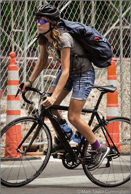 marktaylor-cunningham: Austin Texas bike messenger                                                                                                                                                                                 もっと見る