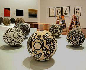 Thanakupi : Indigienous Australian ceramic artist.
