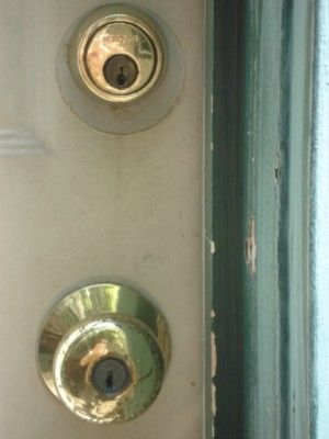 Apartment Security 101 For the First-Time Renter