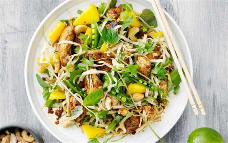 Spicy chicken & nudelsalat