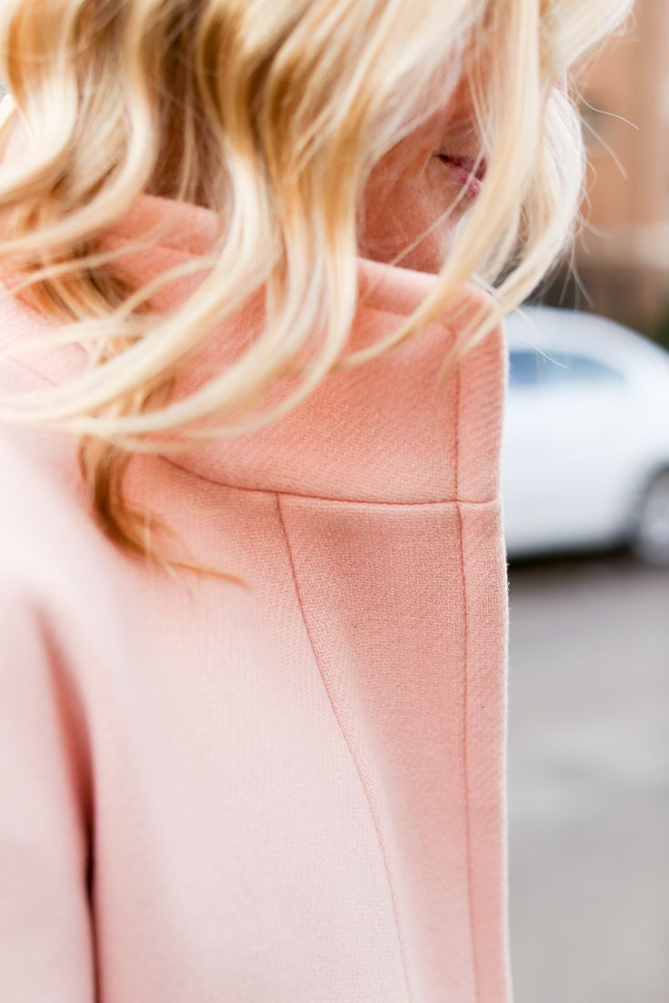 Golden waves, blush coat