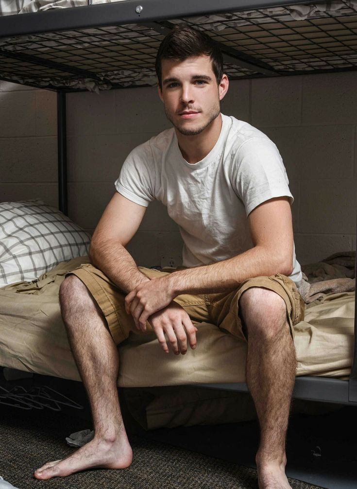 Pin On Guys With Hairy Legs Are Sexy-7714