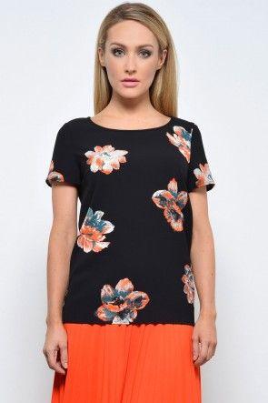 Nadine T-Shirt in Black