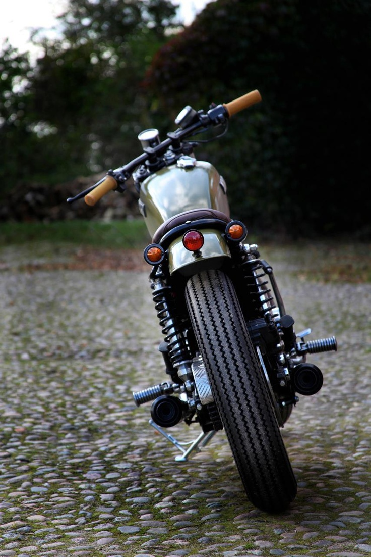 The base bike was a 1980 xs650 in a very poor state cylinders where - From Bike Exif S Facebook Page Uffe Bregendahl Has Built A Very Classy Xs650 And