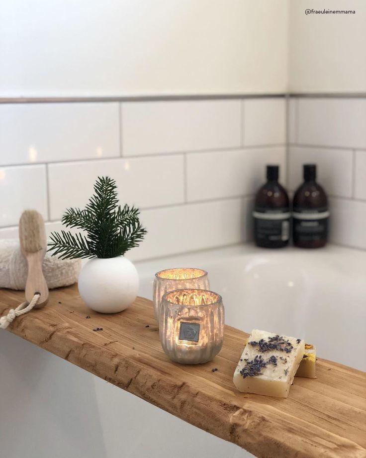 An kalten Wintertagen gibt es nichts Schöneres als ein heißes Bad. Stimmungsvo …   – Badezimmer ♡ Wohnklamotte