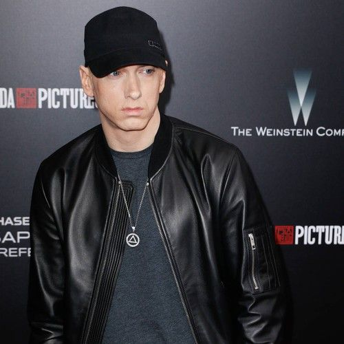 """Eminem: 'I knew Beyonce collaboration had to be perfect' https://tmbw.news/eminem-i-knew-beyonce-collaboration-had-to-be-perfect  Eminem waited to present Beyonce with the perfect collaboration idea, because he knew she'd reject anything that wasn't an instant hit for her.The rapper, who has scaled pop charts with Rihanna and Dido in the past, recently teamed up with the new mum in the studio for Walk On Water, and he now reveals he knew the track would lure in the R&B superstar.""""It's been…"""