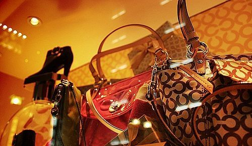 How to Find Coach Purses on Sale for cheaper prices than the Coach Handbag Outlets