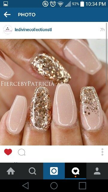 Ballerina/coffin shaped nails