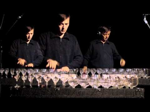 """Für Elise on glass harp. I'd love to play this """"instrument,"""" but I'd hate to tune it!"""