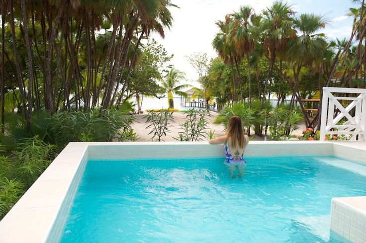 Naïa Resort & Spa Naia Resort and Spa – that's the newest and certainly very plush resort in Placencia Belize. Where barefoot luxury and warm personalized..