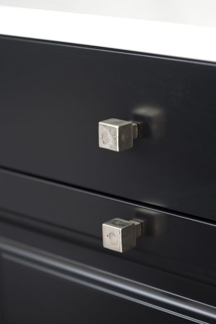 Dauby - Pure: Furniture Knob PQ-35 White Bronze (WB) 35mm, also available in Dark Iron (VO) ** www.dauby.be **