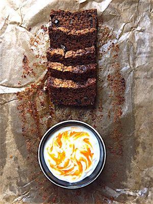 CHILI & VANILIA: Fűszeres, cukkinis sütemény