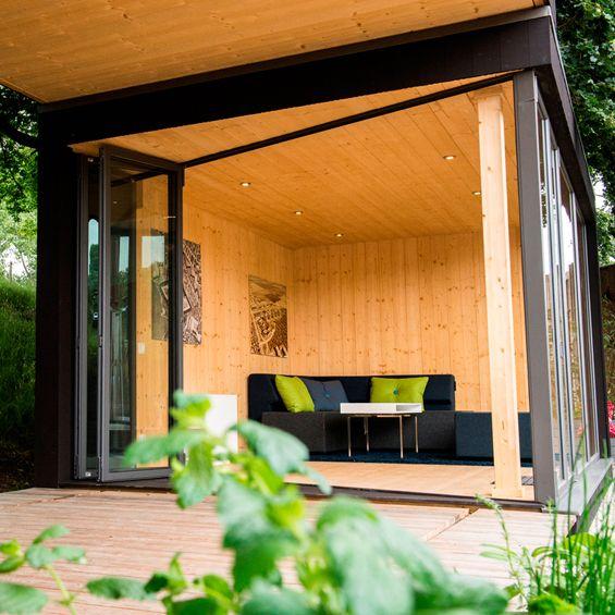 Conçu par la société suèdoise Kenjo, Friluftsstugan est un petit cottage extérieur préfabriqué. Dessiné par le designer Svartnäs Johan, son ...