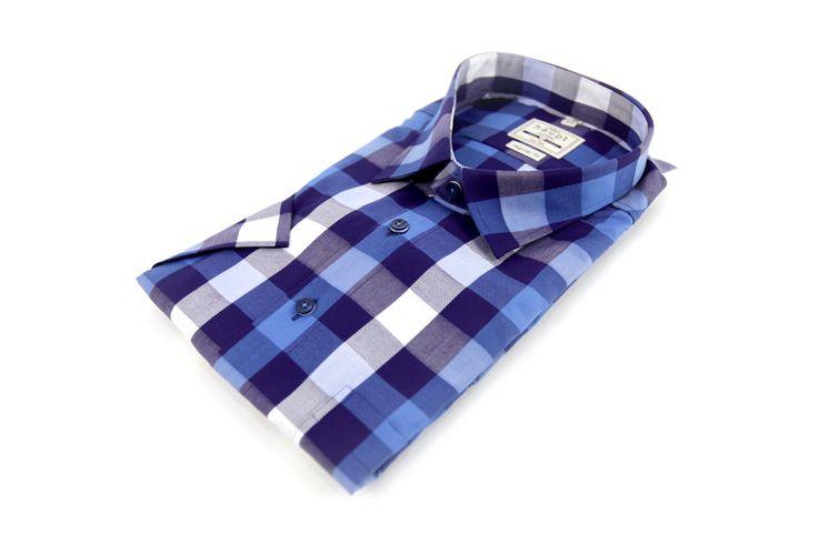Koszula Haupt w biało-niebieską kratę. Z przodu mała kieszonka. Idealna na wiosnę. Skład: 100% bawełna.