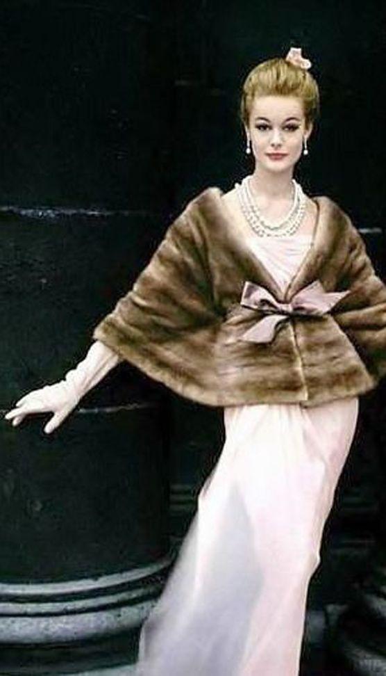 Monique Chevalier 1958