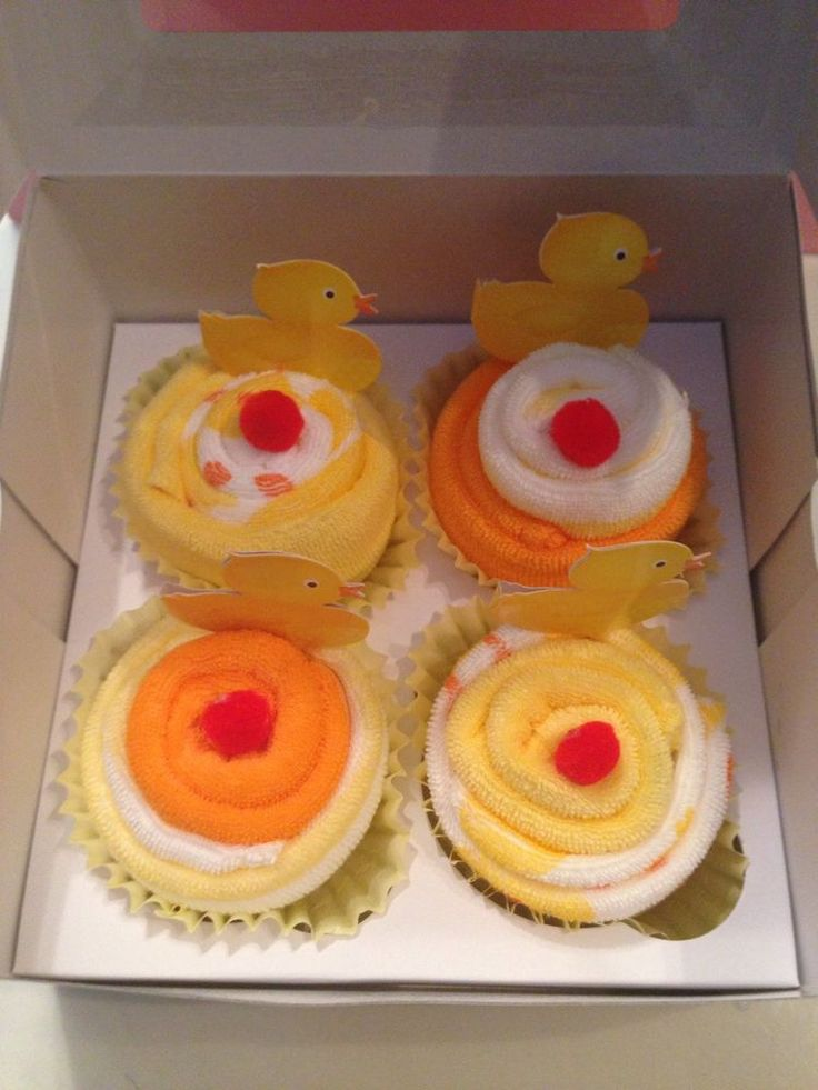 Washcloth Cupcakes (Rubber Ducky Theme)