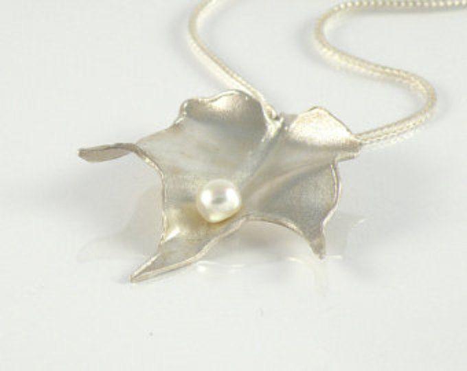 Blad sieraden cadeau voor vrouwen, Leaf ketting in Sterling Zilver, gebladerte ketting zilver blad hanger met witte parel