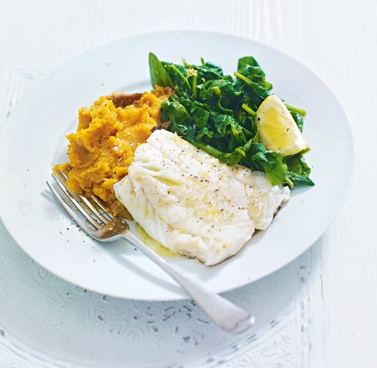 A quick and healthy fish supper with garlic and lemon flavours.