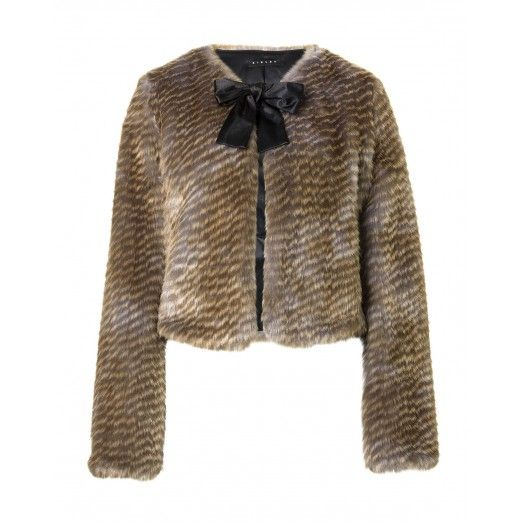 Coat, made of eco-fur, lined, shawl collar, slightly padded, hook closure on the front.