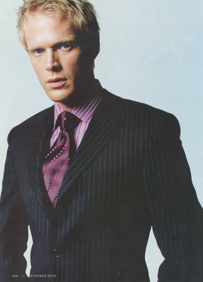 Paul Bettany as Nina's cousin James Kelly. He works for MI-6, and is high up on Manninen's hit list due to his status one of two living male descendants of Sir David Kelly.