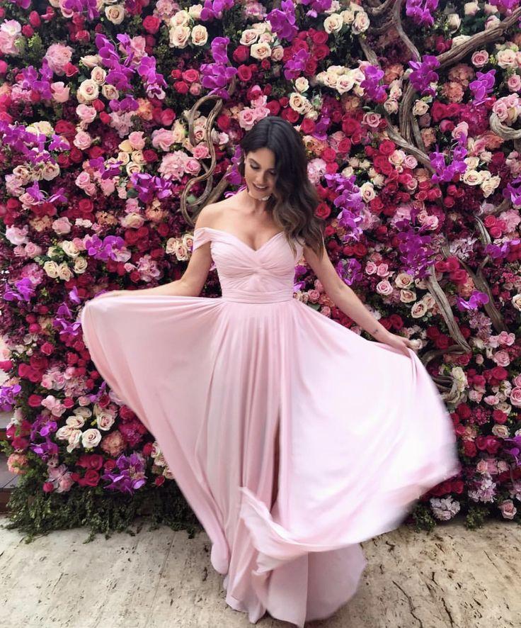 54 best vestidos de gala images on Pinterest | Middle ages, Pretty ...