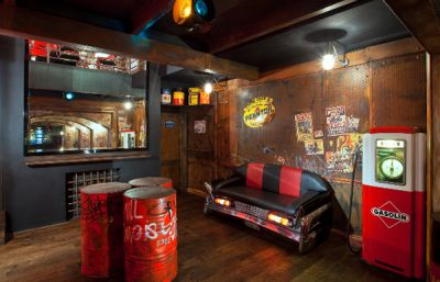 Retro Man Cave Google Search With Images Man Cave