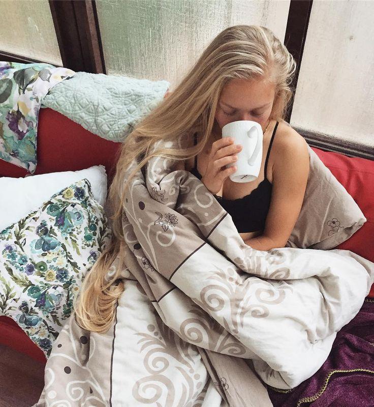 Выходные))) Шабат шалом !!! Утренняя прохлада, тишина. В ранних подъемах есть что-то волшебное, в них есть счастье, и когда не нужно никуда спешить, ловлю эти моменты!! Благодарность кофевару!! #goodmorning #coffee #tlvgirls #tlvisrael #tlvfitness #tlvgram #minsk #blondegirl #longhair #rapunzel #рапунцель #fil24 #arganeveryday #dream #dreambody #hairstyles  #fitnessmodel #fitnessmotivation #תלאביב #תל_אביב #יפה #יפו #בוקרטוב #שמש #happy #fitnessgirl #реклама