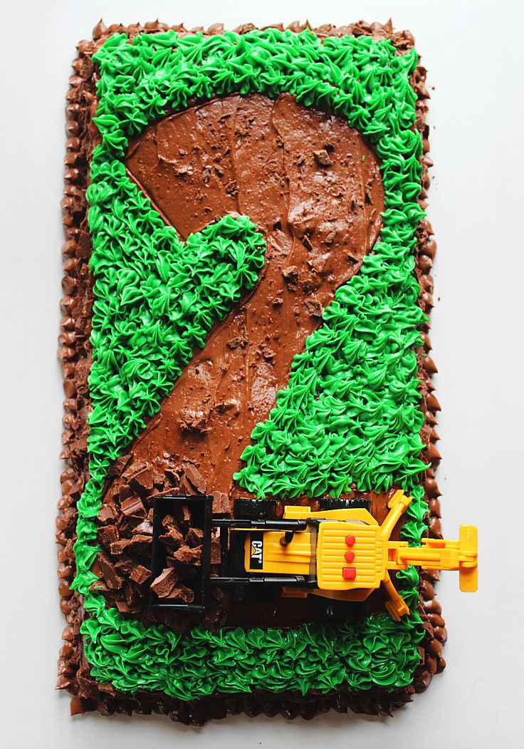 Road Construction Tractor Birthday Cake - great tasting, make-ahead cake & frosting recipe perfect for a kid's birthday!