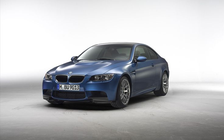 2011 BMW M3 Wallpaper 899580