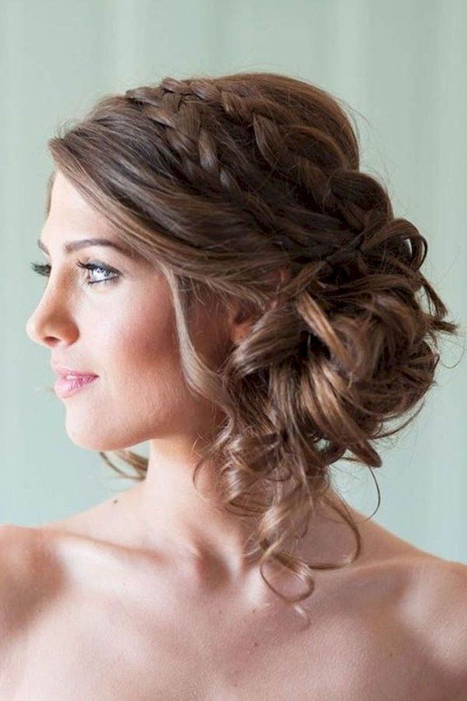 Best 2020 21 Wedding Updos Ideas For Every Bride Wedding Forward Medium Hair Styles Hair Styles Medium Length Hair Styles