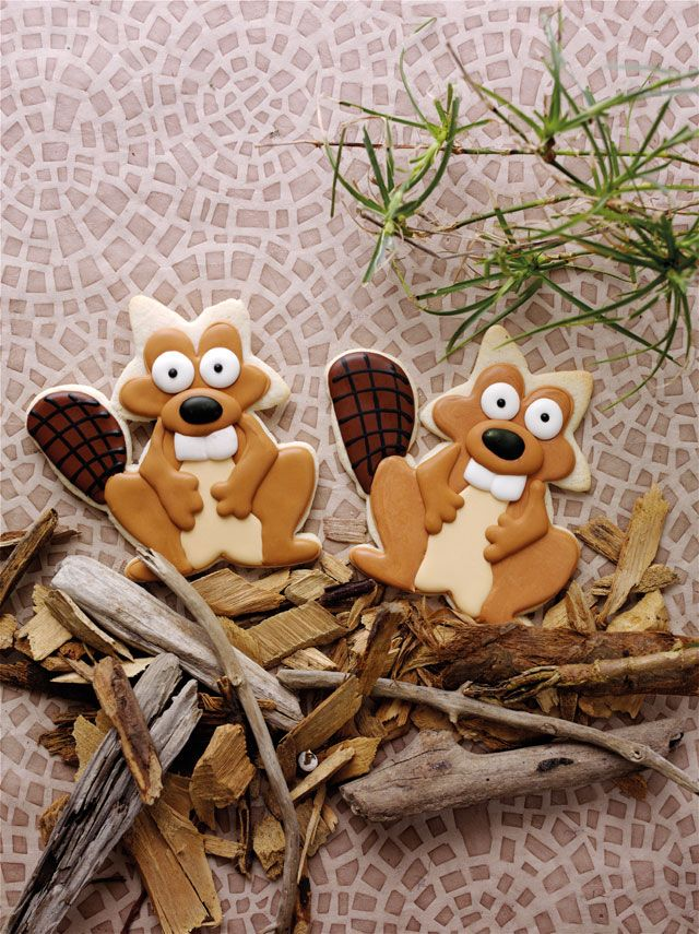 Beaver Cookies from 100 Animal Cookie Book by thebearfootbaker.com