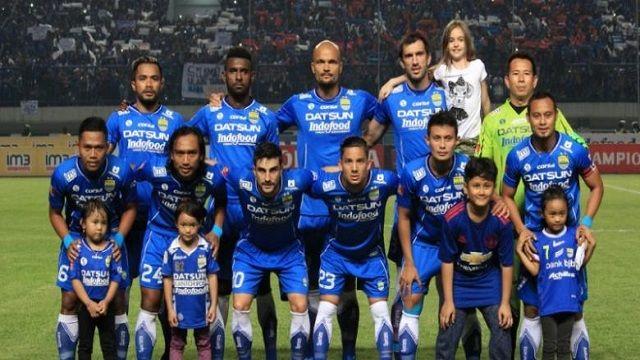 Persib Bandung Tantang Persipura Jayapura di Stadion Jalak Harupat