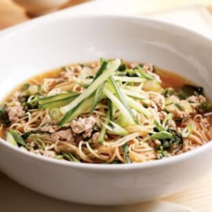 This has become one of our recent favorites. It's easy, healthy and really really good. I couldn't find hot sesame oil, so I use toasted sesame oil and chinese hot chili sauce/paste instead.