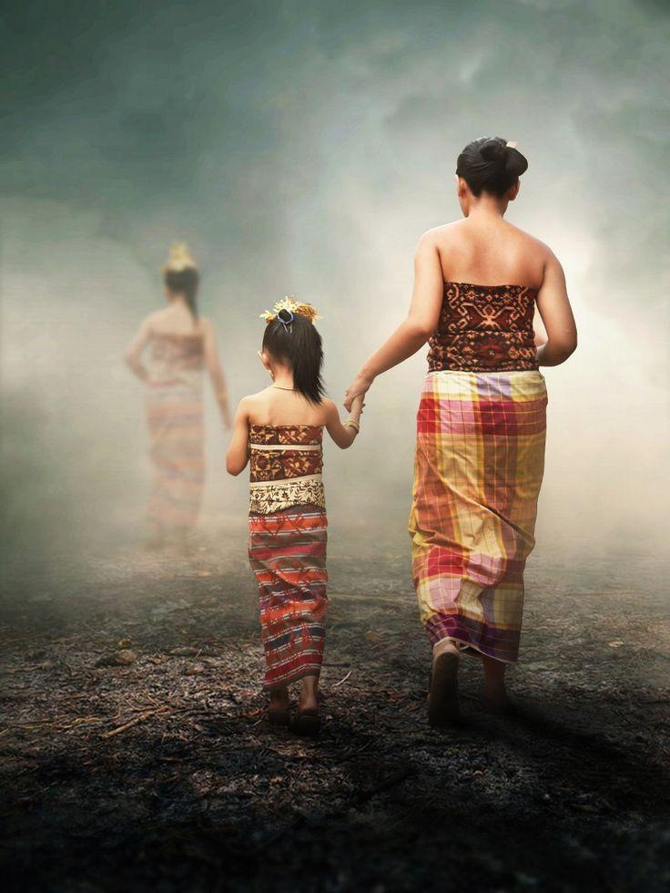 tenganan people por kakang Bali Indonesia