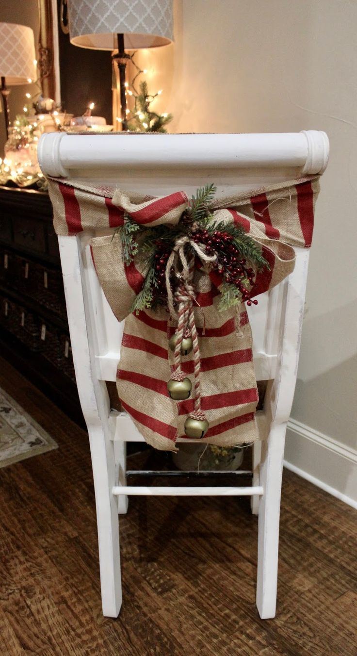 At Rivercrest Cottage: Chair-Bows for Christmas