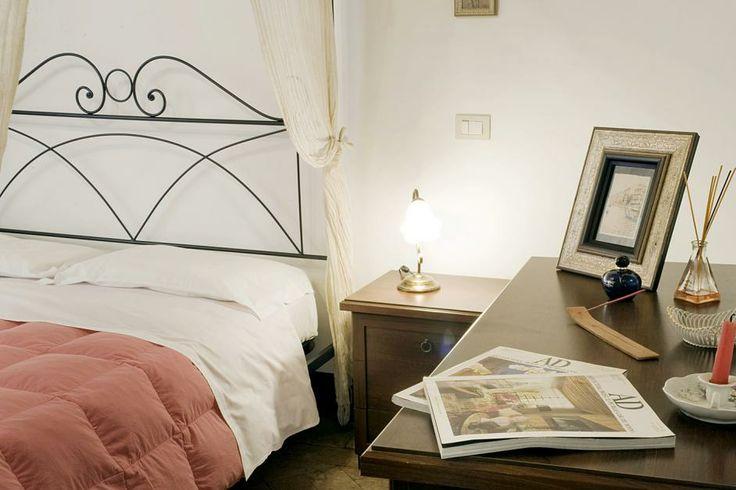 Navona style http://rentinrome.com/rome-apartment-navona.html