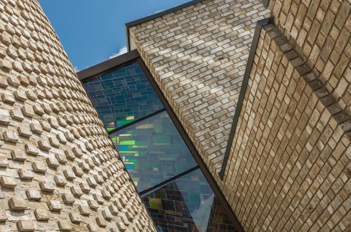 Wienerberger's intricate #brickwork at Carmelite Monastery in Liverpool