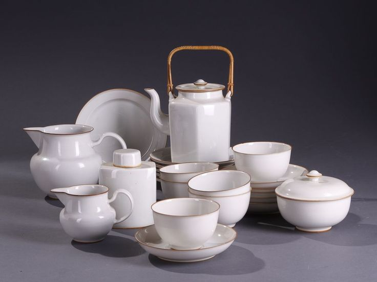 Testel (tea service) eight pieces for Bing Grondahl  by Gertrud Vasegaard - one of the pioneers in danish ceramics and part of the midcentury danish design success story. | stiligahem