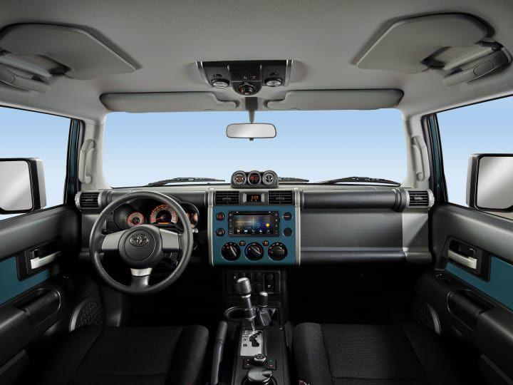 New Toyota Fj Cruiser 2020 Cars For Sale In The Uae Toyota Fj Cruiser Toyota Fj Cruiser Fj Cruiser Interior
